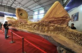 large wood sculpture this is the world s wood carving it was made from a