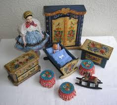 Ebay Chippendale Schlafzimmer Weiss Eine Antike Wunderschön Handbemalte Bauern Puppenstube Mit 2