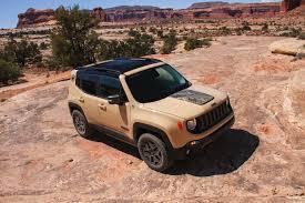 jeep models 2000 jeep u0027s new 2017 renegade deserthawk u0026 altitude models to debut in la