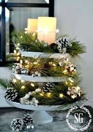 christmas decor for round tables simple christmas centerpieces 5 holiday centerpiece centerpiece