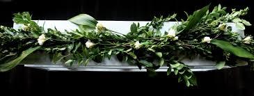 diy floral garland table runner style wax poetic