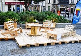 chaise longue palette le télégramme pont l abbé recyclage la palette c est l