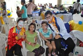 clown magician party host photobooth clown magician services philippines chitku ph