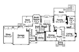 floor plan of a colonial home home plan