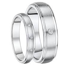 wedding rings his and hers matching titanium wedding ring sets his and hers titanium diamond
