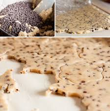 roll out chocolate chip cookies wanna come with