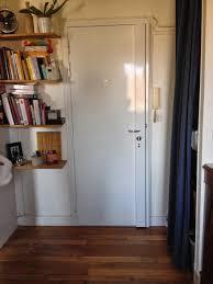 comment insonoriser une chambre faire la pose d une porte battante changer de chambre comment