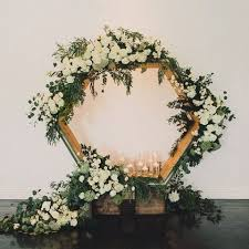 wedding backdrop greenery 31 edgy hexagon wedding ideas happywedd