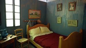 the bedroom van gogh inside van gogh s newest bedroom chicago tribune