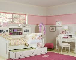 Childrens Bedroom Separate For Twin Girls Bedroom Sets Ideas Vaneeesa All Bed And
