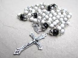 white rosary white rosary in howlite gemstone and black onyx