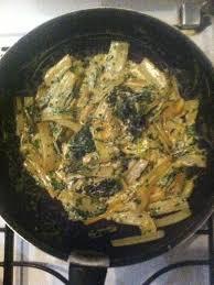 cuisiner les blettes marmiton poêlée de choux vert chignons et lardons recette chou vert