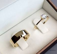 Wedding Rings Gold by Best 25 Gold Wedding Rings Ideas On Pinterest Gold Engagement