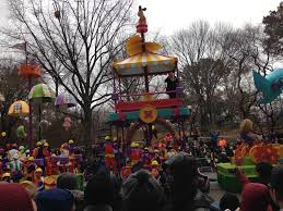 thanksgiving parade tv schedule nyc tips to attend macy u0027s thanksgiving day parade 2015