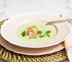 comment cuisiner un avocat velouté d avocat aux crevettes recette les crevettes comment