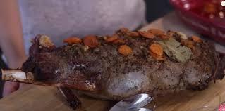 cuisiner gigot de chevreuil une bonne recette de cuissot de chevreuil le chasseur français