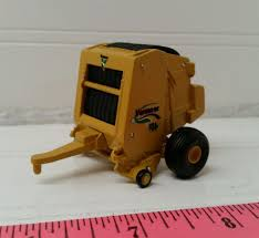 1 64 custom ertl farm toy vermeer round baler 605 super m model