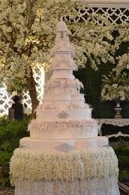 wedding cake di bali 8 tiers le novelle cake jakarta bali wedding cake wedding