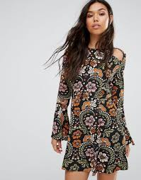 boohoo clothes boohoo cheap clothes boohoo floral cold shoulder dress multi