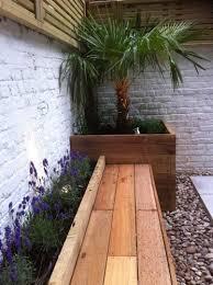 cozy intimate courtyards hgtv courtyard garden ideas 17 best ideas about small courtyard