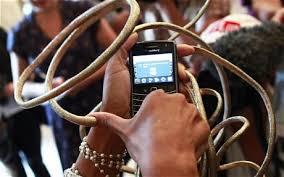las vegas woman grows longest finger nails in the world telegraph