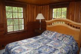 5 bedrooms creekside manor
