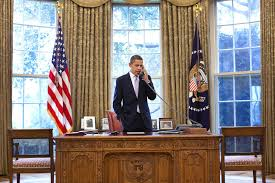 here u0027s the real purpose for barack obama u0027s oval office red button