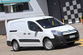 citroen electric mitsubishi peugeot u0026 citroen to build electric partner u0026 berlingo