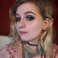 cheap makeup artist kayleigh kendall adora lil prompto argentum instagram photos
