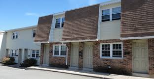 2 bedroom apartments in erie pa averlon apartments apartment rentals erie pa by glowacki management