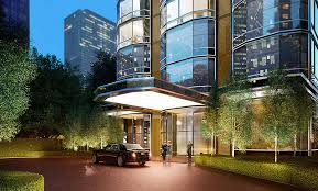 The United Nations Dining Room And Rooftop Patio Nyc Apartment Amenities Buyers Want Doormen And Renters Want Pets