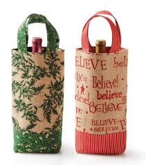 these diy wine gift totes make pretty packaging for christmas