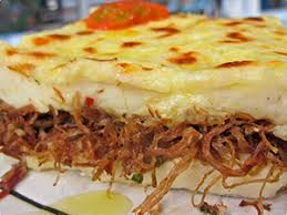 brasilianische k che brasilianische küche escondidinho maniokbrei mit fleisch