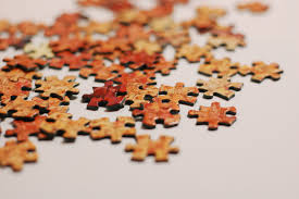 neat puzzle piece crafts to try at home