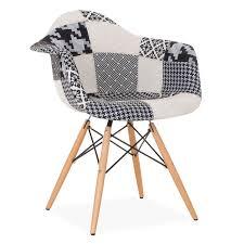 si e de bureau design la chaise wooden est l un des modèles les plus populaires sie design