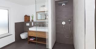 bad fliesen braun badezimmer fliesen braun wei moderne badezimmer fliesen ideen fur