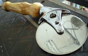 personalized pizza cutter personalized pizza cutter amanda crafts