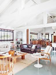 Vaulted Ceiling Open Floor Plans Vaulted Ceiling Decor And White Wall Paint Ideas And Tufted