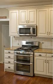 Kitchen Design Photo Gallery Best 25 Cream Kitchen Cabinets Ideas On Pinterest Cream