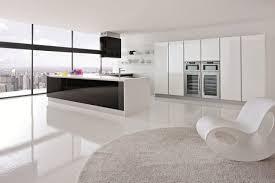 weisse hochglanz küche moderne hochglanz küchen in weiß 25 traumküchen mit hochglanzfronten