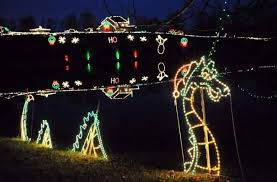 christmas light displays in ohio here are the top 15 christmas towns in ohio they re magical ohio
