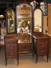 Antique Vanities For Bedrooms Old Antique Dark Wood Vanity Dresser W Tri Fold Mirrors U0026 6