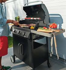cuisiner avec barbecue a gaz barbecue weber castorama avec barbecue charbon castorama idees et
