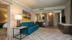 Hotel Rooms With Living Rooms by Hilton Garden Inn Downtown Mobile Alabama Hotel