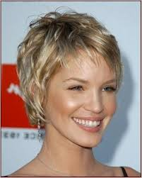 short haircuts for women over 50 with fine thin hair holiday