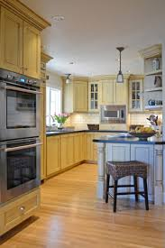 Bungalow Kitchen Design 171 Best Remodeling Storage For A Small Kitchen Images On
