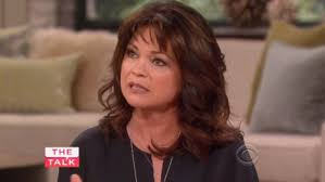 how to get valerie bertinelli current hairstyle valerie bertinelli looks curvier after losing 50 pounds in 2009