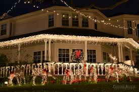 Christmas Decoration For Front Of House by Outside Christmas Light Ideas Houses Decorated With Christmas Lights
