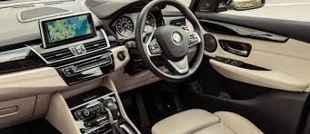 nissan qashqai interior dimensions bmw 2 series active tourer sizes and dimensions carwow