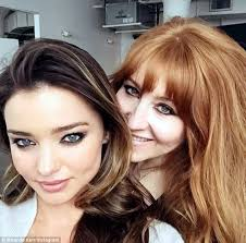 makeup classes nc miranda kerr teams up with make up artist